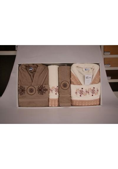 Bornoz ve havlular hediye paketi